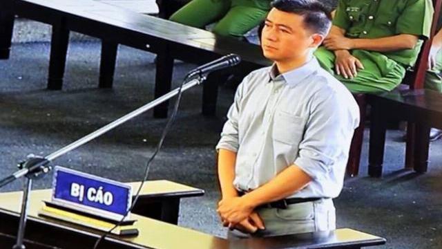 Ông trùm cờ bạc Phan Sào Nam lần đầu bị xét hỏi, chỉ nói 60 giây