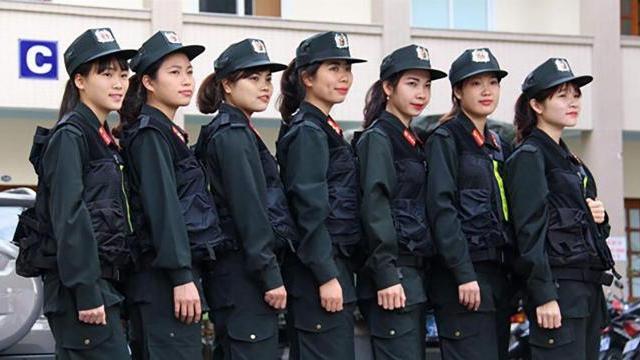 Những bông hồng thép của lực lượng cảnh sát đặc nhiệm Hà Nội