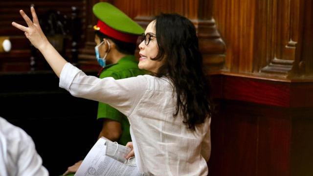 Bi cáo Lê Thị Thanh Thúy: Đứa con 6 tuổi của tôi luôn mồm hỏi, mẹ đi đâu lâu thế
