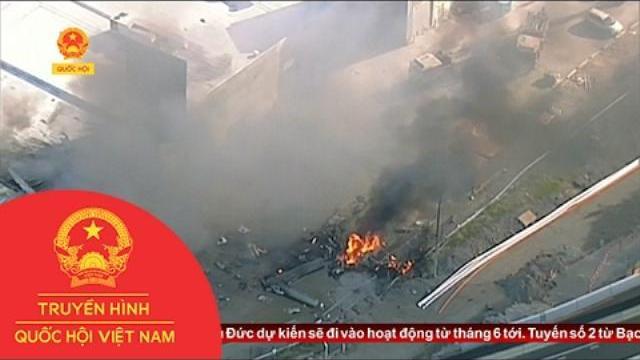 Australia: Máy bay đâm vào trung tâm thương mại vỡ tan tành trong khoảnh khắc