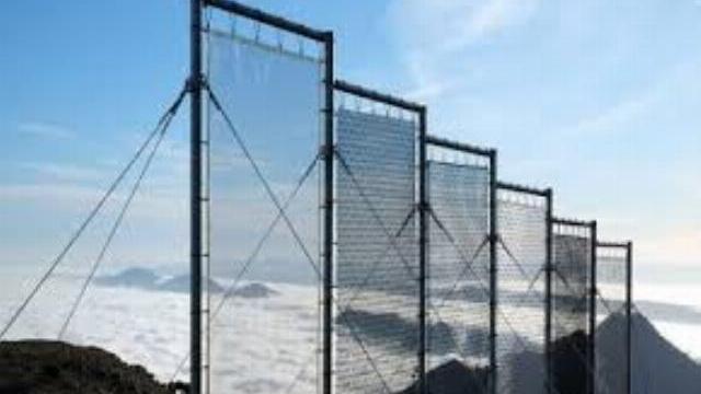 Máy thu hoạch sương lớn nhất thế giới 'bẫy' 36.000 lít nước/ngày