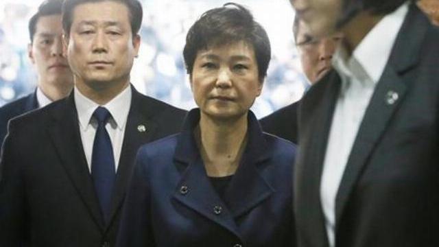 Hàn Quốc phát lệnh bắt cựu tổng thống Park Geun-hye
