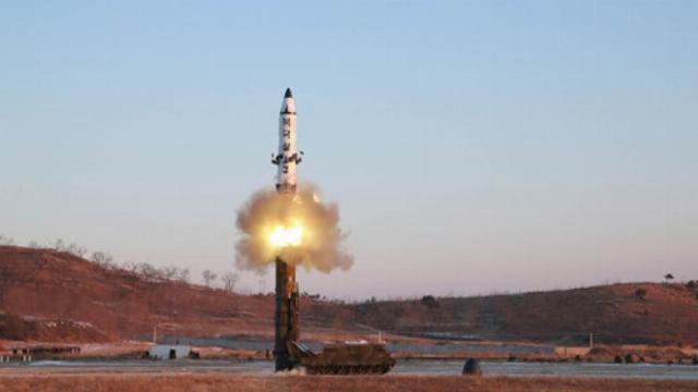 Hàn Quốc: Triều Tiên vừa phóng tên lửa thất bại