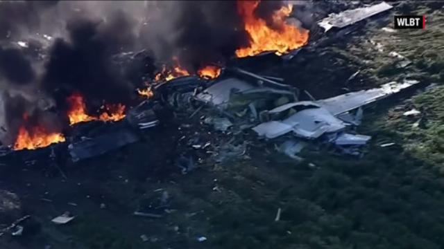 Rơi máy bay quân sự Mỹ: 16 người thiệt mạng