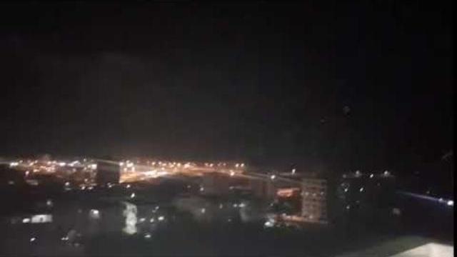 Phòng không Syria khai hỏa ngăn chặn tiêm kích Israel tấn công Latakia hôm 17/9.
