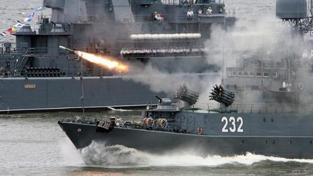 Tàu chiến Nga bắn đạn trên biển Syria