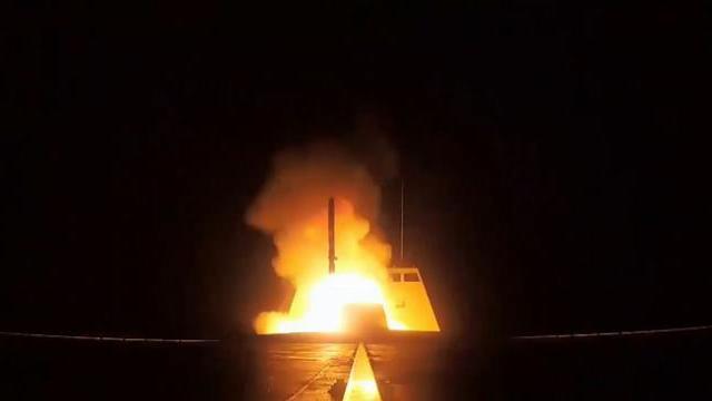 Tàu chiến Pháp bắt tay Israel gây náo loạn - phòng không Syria