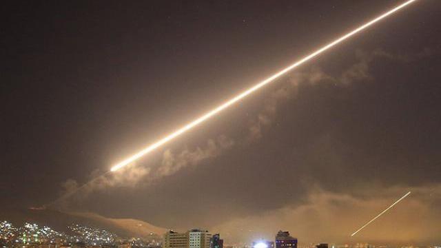 """Iran tuyên bố đanh thép """"Israel phải hối tiếc nếu còn dám không"""