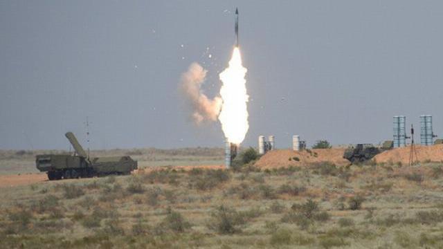 """Nga đã trao tận tay S-300 cho Syria, rất nhiều thiết bị """"khủng""""!"""