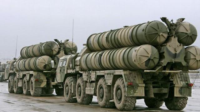 Máy bay quân sự lớn nhất thế giới há mồm, tên lửa S-300