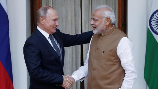 """Ấn Độ ký mua S-400 Nga: Cú đánh vỗ mặt khiến đồng minh Mỹ """"câm nín"""""""