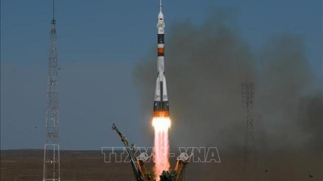 Khoảnh khắc tên lửa đẩy Soyuz MS-10 mang theo các phi hành gia lên trạm ISS bị trục trặc trong khi phóng.