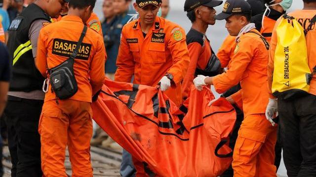 Video những phút cuối của hành khách trên chuyến bay tại Indonesia