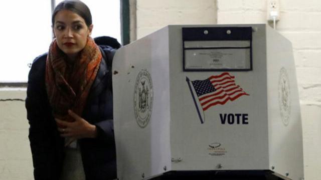 Người dân thành phố New York đi bỏ phiếu bầu cử giữa kỳ