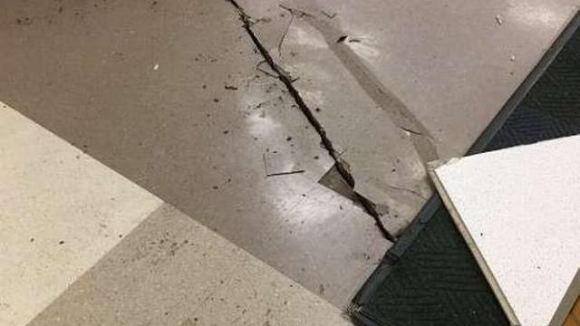 Cảnh rung chuyển trong động đất 7,0 độ richter ở Alaska