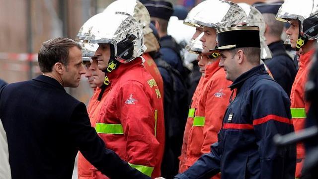 Chính phủ Pháp xem xét áp đặt tình trạng khẩn cấp