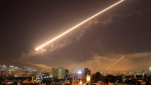 Phòng không Syria bắn hạ tên lửa Israel đêm 25/12/2018