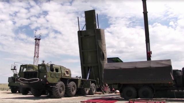 Tổng thống Putin tuyên bố trang bị cho quân đội vũ khí siêu hiện đại