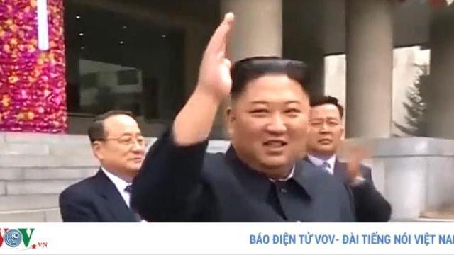 Chủ tịch Triều Tiên Kim Jong-un đi bỏ phiếu bầu cử Quốc hội