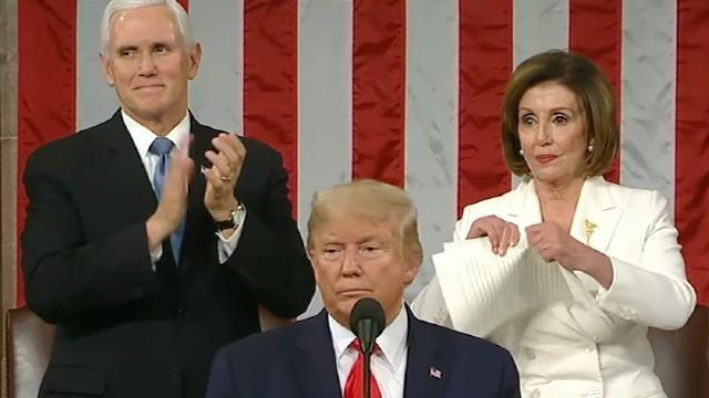 Bà Pelosi xé thông điệp của TT Donald Trump