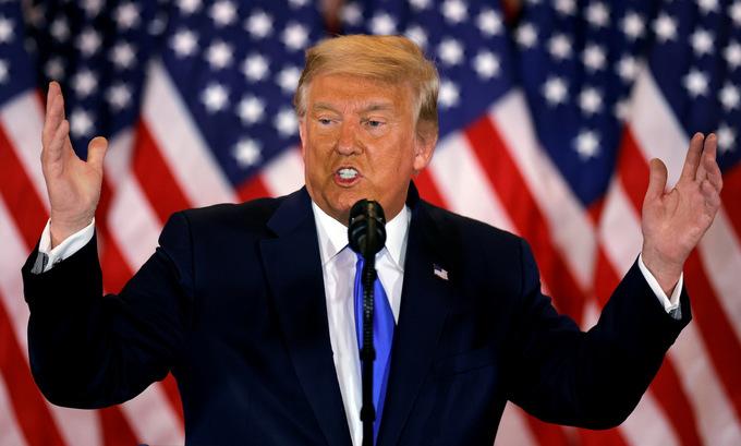 Tổng thống Mỹ Donald Trump phát biểu trước nước Nhà Trắng