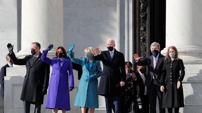 Ông Joe Biden tuyên thệ trở thành tổng thống thứ 46 của nước Mỹ