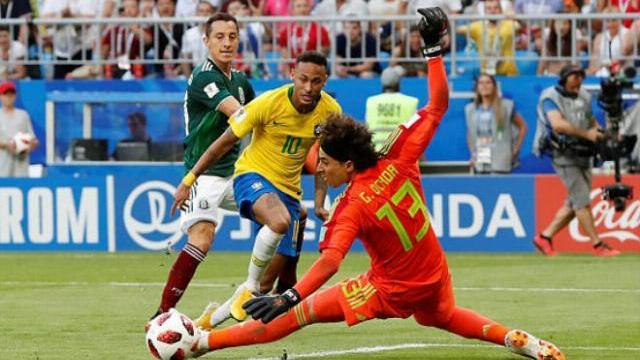 Diễn biến toàn trận Brazil - Mexico: Brazil tiến thẳng vào tứ kết