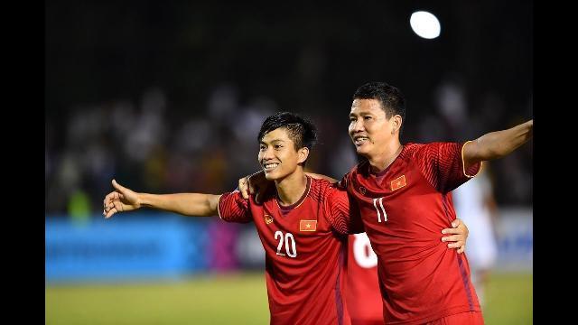 Philippines 1-2 Việt Nam: Đội khách thắng thuyết phục