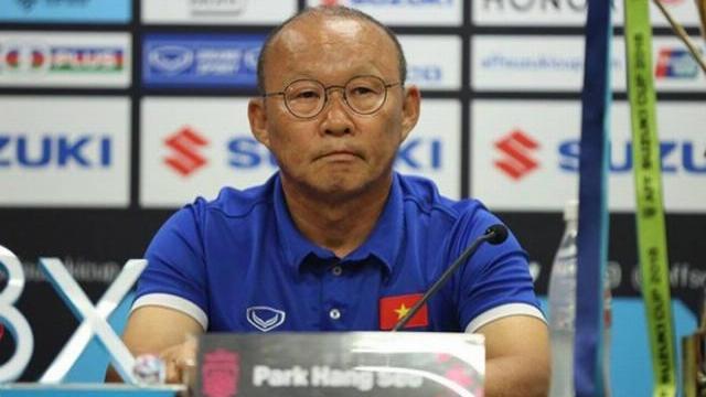 HLV Park Hang-seo: Tôi không muốn học trò bị chiếu lazer vào cầu thủ