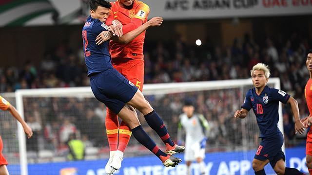 Thái Lan 1-2 Trung Quốc: Ngược dòng thành công