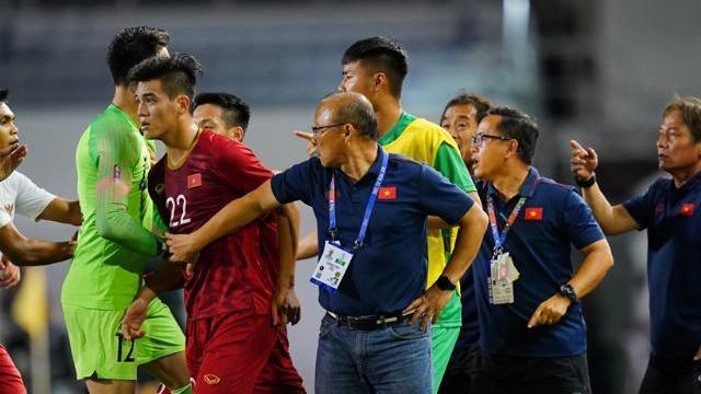 HLV Park phản ứng khi U22 Việt Nam va chạm với Indonesia