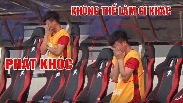 Khoảnh khắc Quang Hải bật khóc còn HLV Park Hang-seo gào thét, nhún nhảy trong trận đấu với Thái Lan