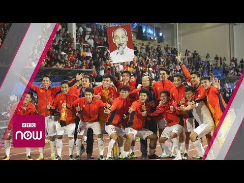 [TRỰC TIẾP] Đón tiếp hai đội bóng đá Việt Nam