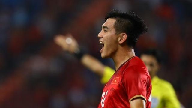 Trận U23 Việt Nam - U23 Triều Tiên: Tiến Linh mở tỷ số
