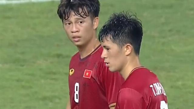Thẻ đỏ của Trần Đình Trọng trước U23 Triều Tiên