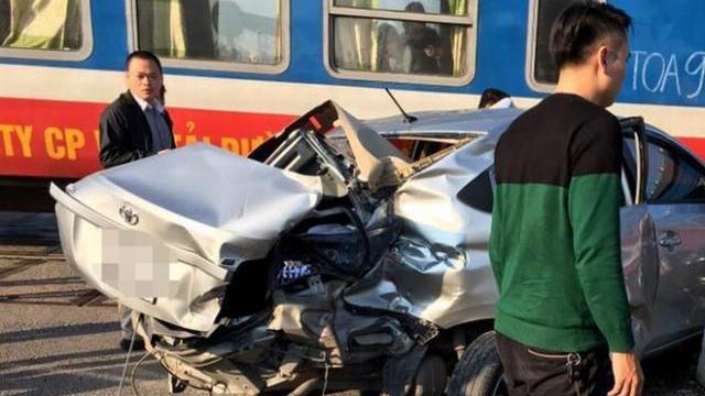 Thời sự VTV1 12h ngày 5/2/2016- 30 phút 2 vụ tai nạn đường sắt nghiêm trọng