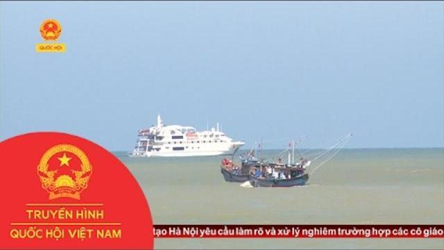 Quảng Trị đón tàu biển du lịch CORAL DICSCOVERER cập cảng Cửa Việt