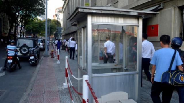 Cuộc đối thoại khi phá 4 chốt công an tại Ngân hàng Nhà nước