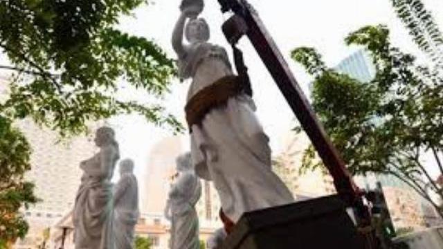 5 bức tượng của khách sạn cao cấp trên phố Nguyễn Huệ bị tịch thu