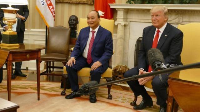 Tổng thống Mỹ Donald Trump phát biểu sau hội đàm với Thủ tướng Nguyễn Xuân Phúc