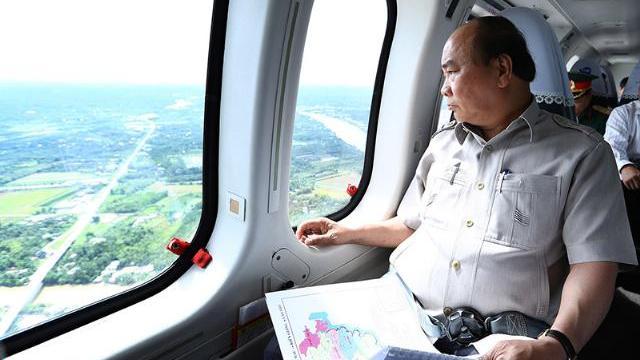 2 giờ thị sát miền Tây trên trực thăng của Thủ tướng