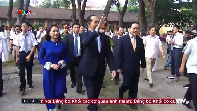 Chủ tịch nước Trần Đại Quang với các tầng lớp nhân dân
