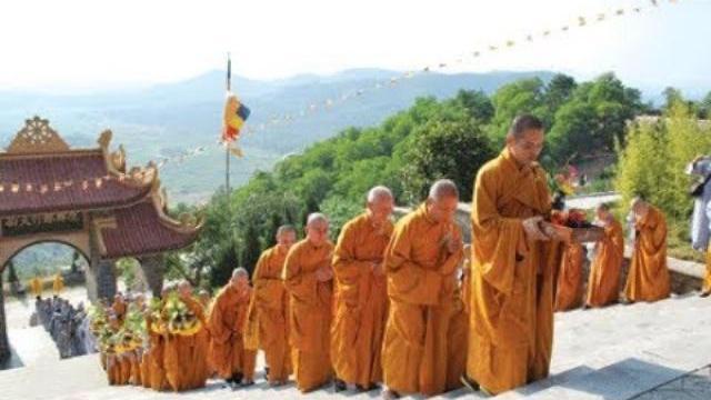 Đại lễ cầu siêu cho Chủ tịch nước Trần Đại Quang tại quê hương của Ông Ninh Bình