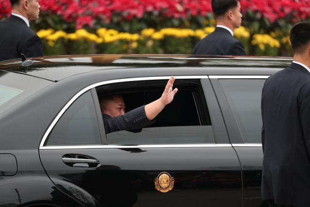 [Trực tiếp] Chủ tịch Triều Tiên Kim Jong-un tới Hà Nội
