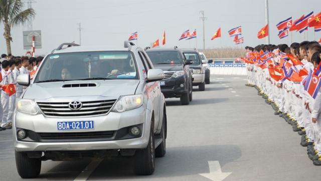 Bên trong nhà máy Vinfast chào đón Đoàn Triều Tiên đến thăm