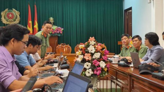 Công an tỉnh Đồng Nai tổ chức họp báo vụ CSGT tố cáo sếp 'bảo kê xe quá tải'