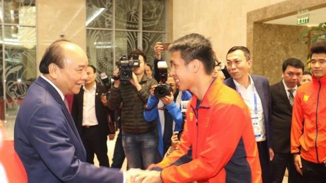 Thủ tướng gặp mặt, chiêu đãi đội tuyển bóng đá vô địch SEA Games 30