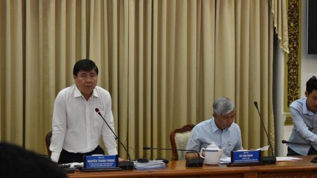 Chủ tịch Nguyễn Thành Phong nói về trách nhiệm của các giám đốc sở khi phối hợp giải quyết hồ sơ cho doanh nghiệp