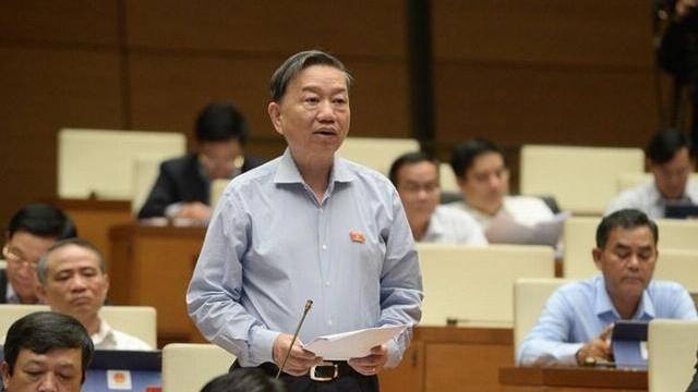 Bộ trưởng Công an- Cần xử lý hình sự người dùng giấy tờ, chứng chỉ giả