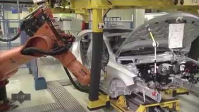 Quá trình sản xuất xe Mercedes
